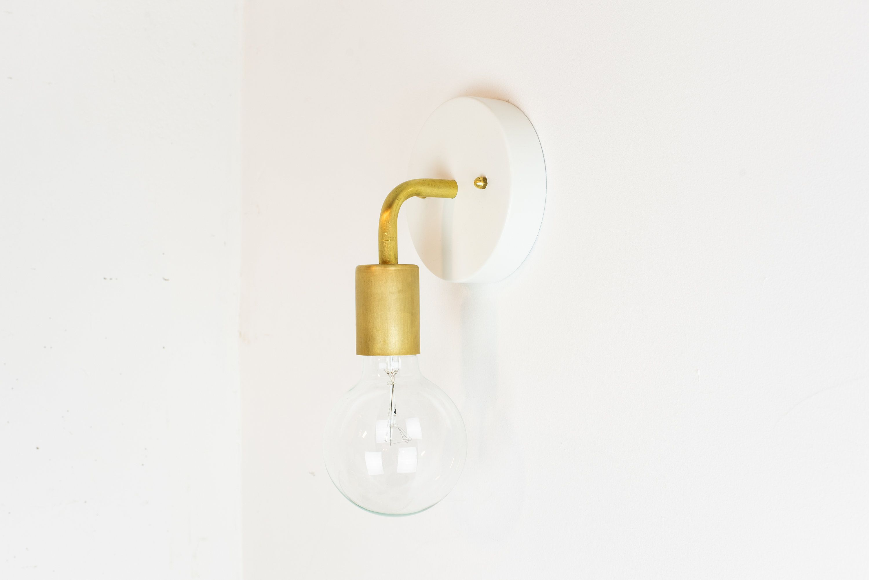 White And Brass Wall Lamp Plug In Wall Sconce Vanity Light Bathroom Light Mid Century Modern With Images Brass Wall Lamp Plug In Wall Sconce Plug In Wall Lights
