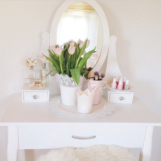 Dressing table ikea hemnes bedroom v a n i t y for Ikea hemnes vanity table