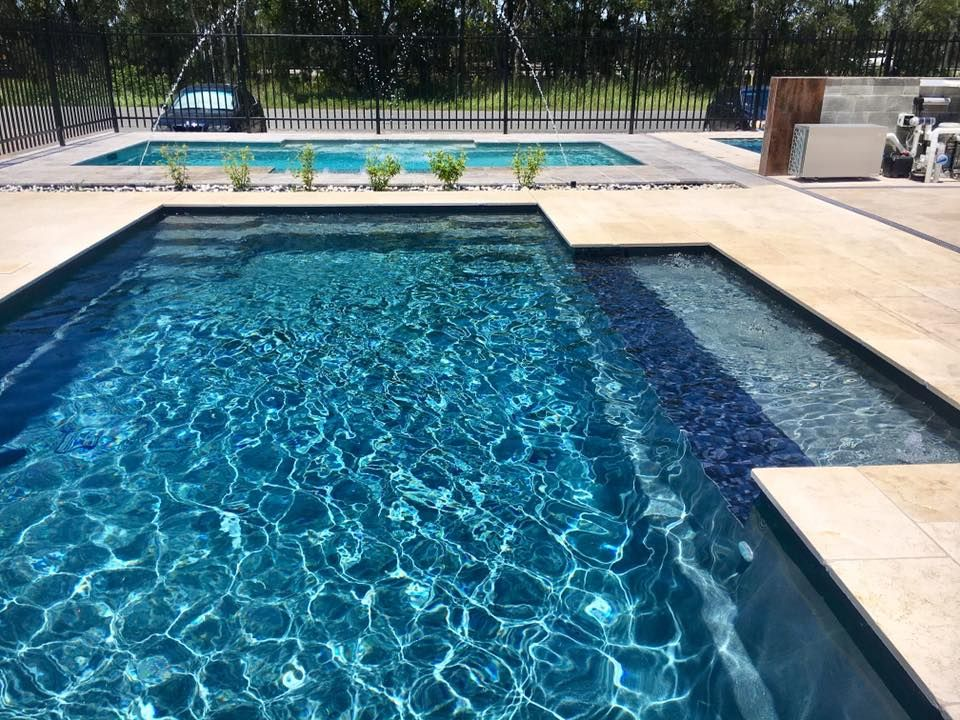 A Compass Pools 8 3m Contemporary Install In Viridian From The Bi Luminite Range Of Colours This Swimming Pool Liners Swimming Pools Fiberglass Swimming Pools