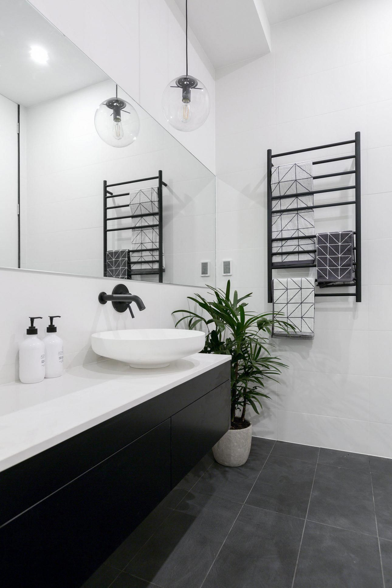 Todayus standard designs of bathroom furnishings are sporting