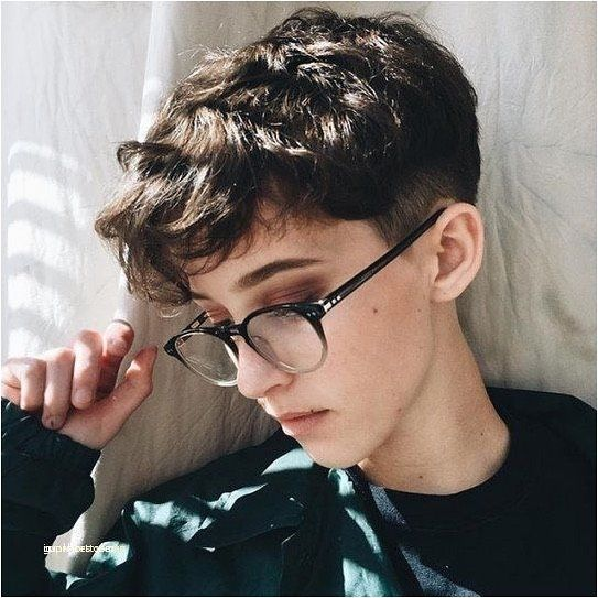 60+ Most Flattering Pixie Haircuts For Women Short Hair Styles 2019 #tomboyhairstyles