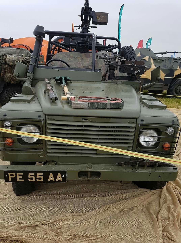 Pin di Gavin Holroyd su Land Rovers Fuoristrada