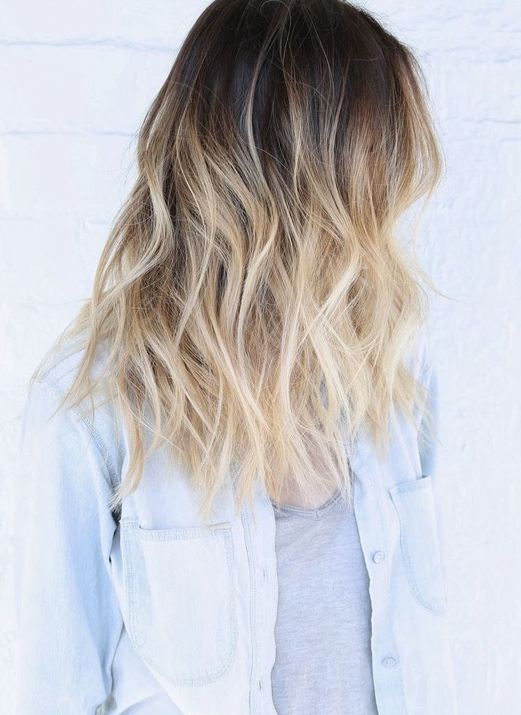 A Very Pretty Blonde Ombre With Gentle Waves A Nice Summer