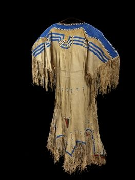 Woman 39 s dress blackfoot circa 1850 first nation for What crafts did the blackfoot tribe make