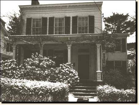 Einstein S Last Home At 112 Mercer Street An Old House With A Garden In A Tranquil Neighborhood Nobel Prize In Physics Albert Einstein Einstein