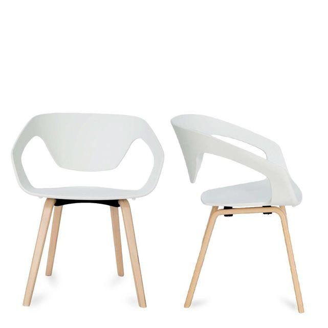 La Chaise Danwood Blanche Grise Ou Rouge Est Une Chaise Au Look Scandinave Parfaite Autour D Une Table A Ma Chaise Design Chaise Moderne Table A Manger Design