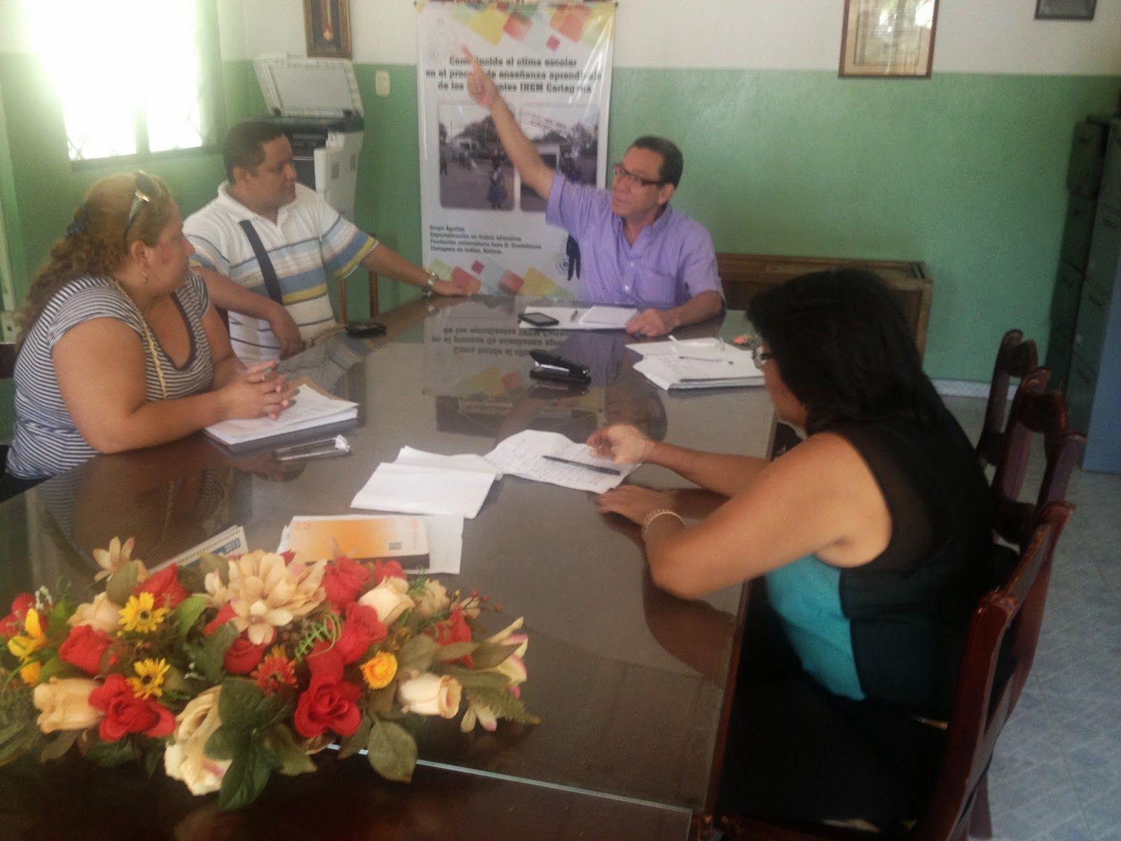 Educación y Pedagogía - enseñanza aprendizaje y formación en Cartagena Co.: El INEM Cartagena 'aprieta'