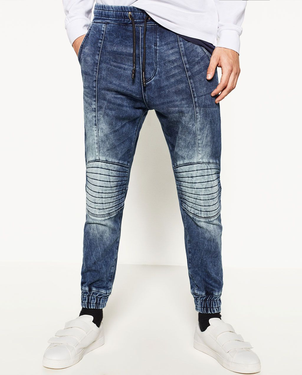 Image 2 Of Soft Jogging Jeans From Zara