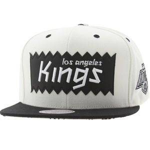presenting best choice great quality BAIT x NHL x Mitchell And Ness Los Angeles Kings STA3 Wool ...