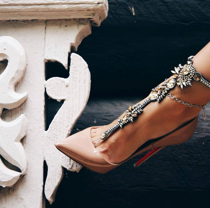 Life Without Louboutins  Champagne Taste On A Budget  sitara khatri   Life Without Louboutins  Champagne Taste On A Budget  sitara khatri