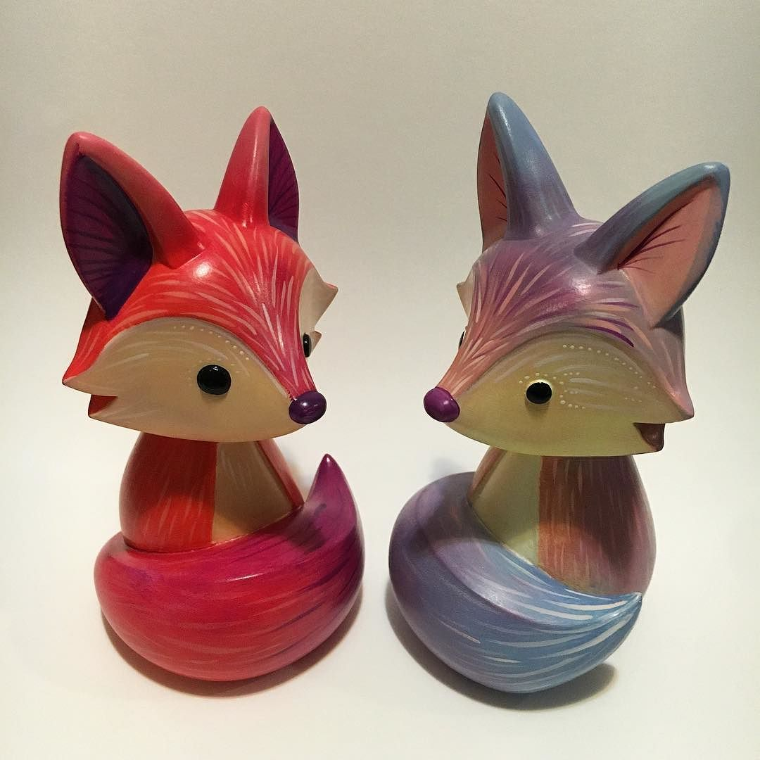 All finished painting these @rawrztoys cuties! they'll be available at @emeraldcitycomicon by oddfauna