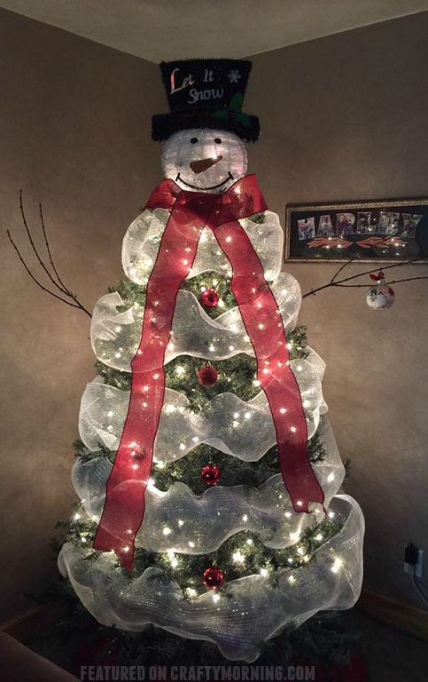 lovely snowman christmas tree to make using mesh - How To Decorate A Christmas Tree With Deco Mesh
