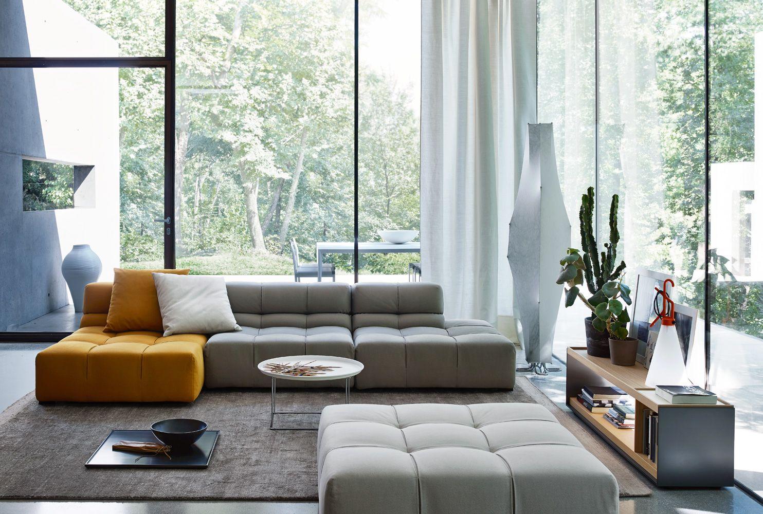 Divano tufty time 15 collezione b b italia design for Mobili neri