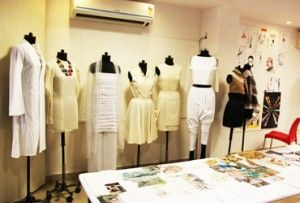 Fashion Designing Institutes In Delhi Colleges In Delhi Fashion Designing Institutes Diploma In Fas Fashion Designing Colleges Web Design Course Design Course