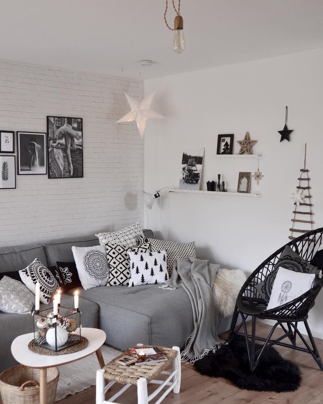 Schaffell Carry | Flauschige kissen, Dekoration wohnzimmer und Warme ...
