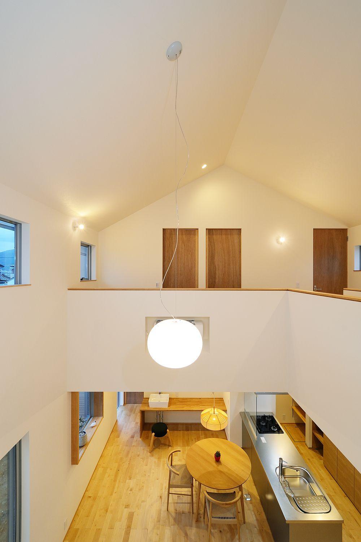 二階寝室小窓からのぞく一階ldk Kotori Se構法 小窓 耐震 Ldk