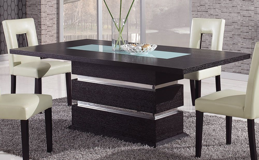 Beautiful Dining Tables For Luxury Home Decoration
