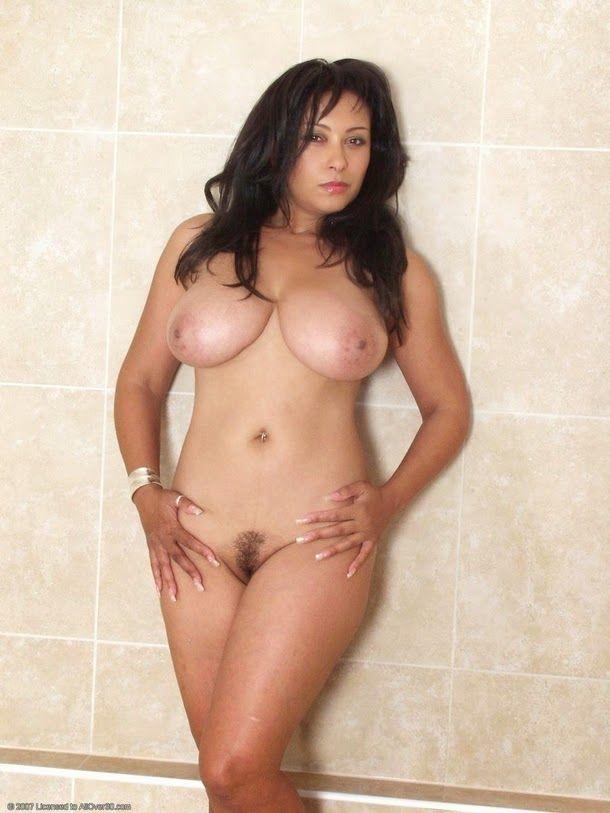 ambrose Danica collins nude donna