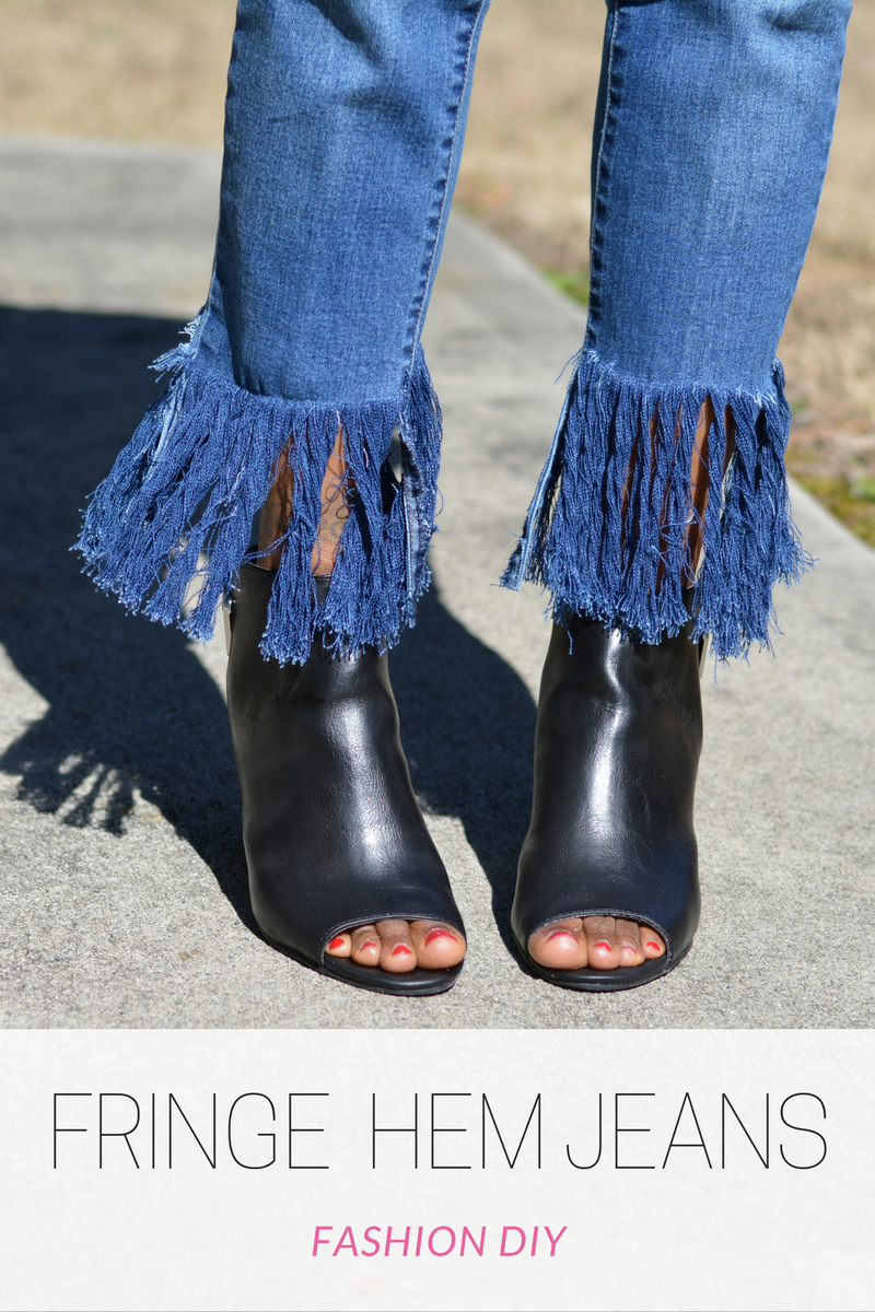 64d24316 how to add a fringe hem to jeans, slimming jeans, perfect fit jeans, jeans  that slim butt, thighs and hips, diy frayed jeans, diy fringe jeans, frayed  denim ...