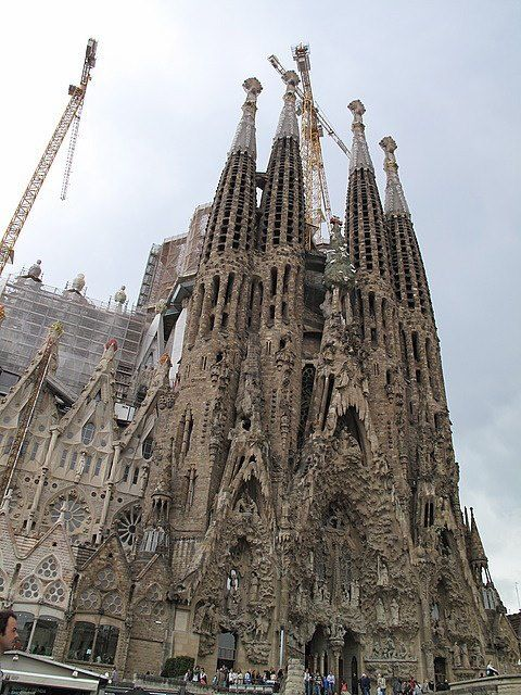 Pin By Tina Thompson On Architecture With Images Barcelona