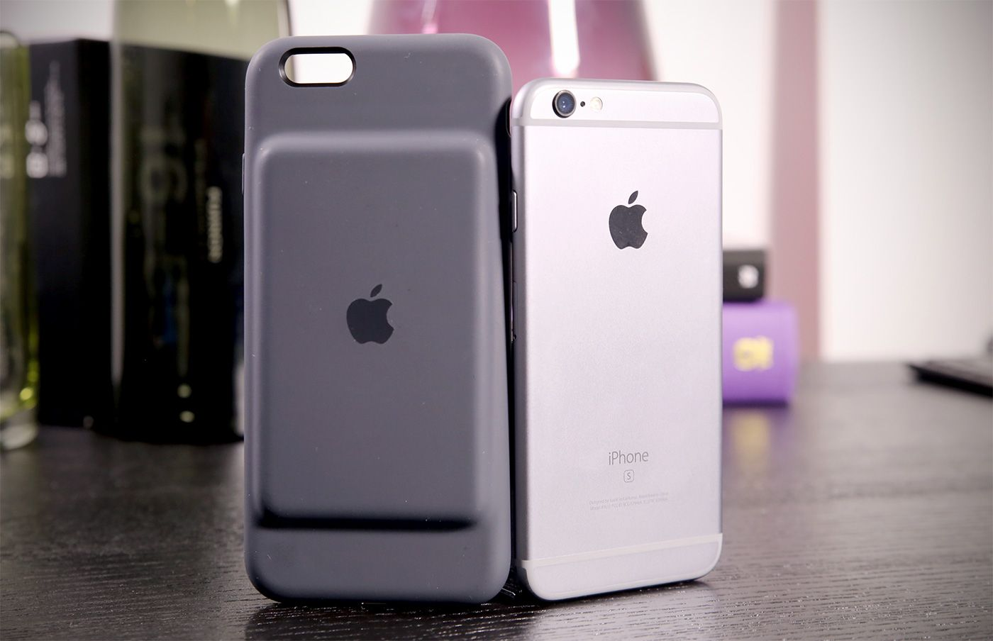 move over mophie, apple has a $99 smart battery case tecpins commove over mophie, apple has a $99 smart battery case