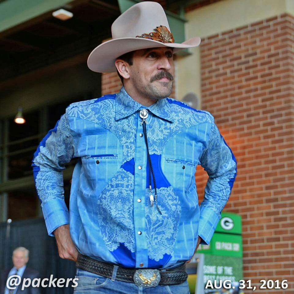 Pin By Clarke On Style In 2020 Aaron Rodgers Mustache Handsome Men Fashion Buy