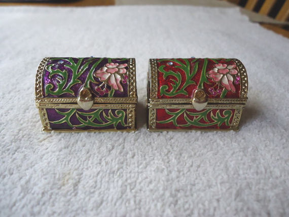 Vintage Set Of 2  Chest Type Of Trinket Boxes