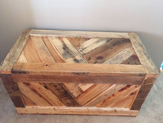 Rustic Pallet Wood Hope Chest Toy Box Entryway By