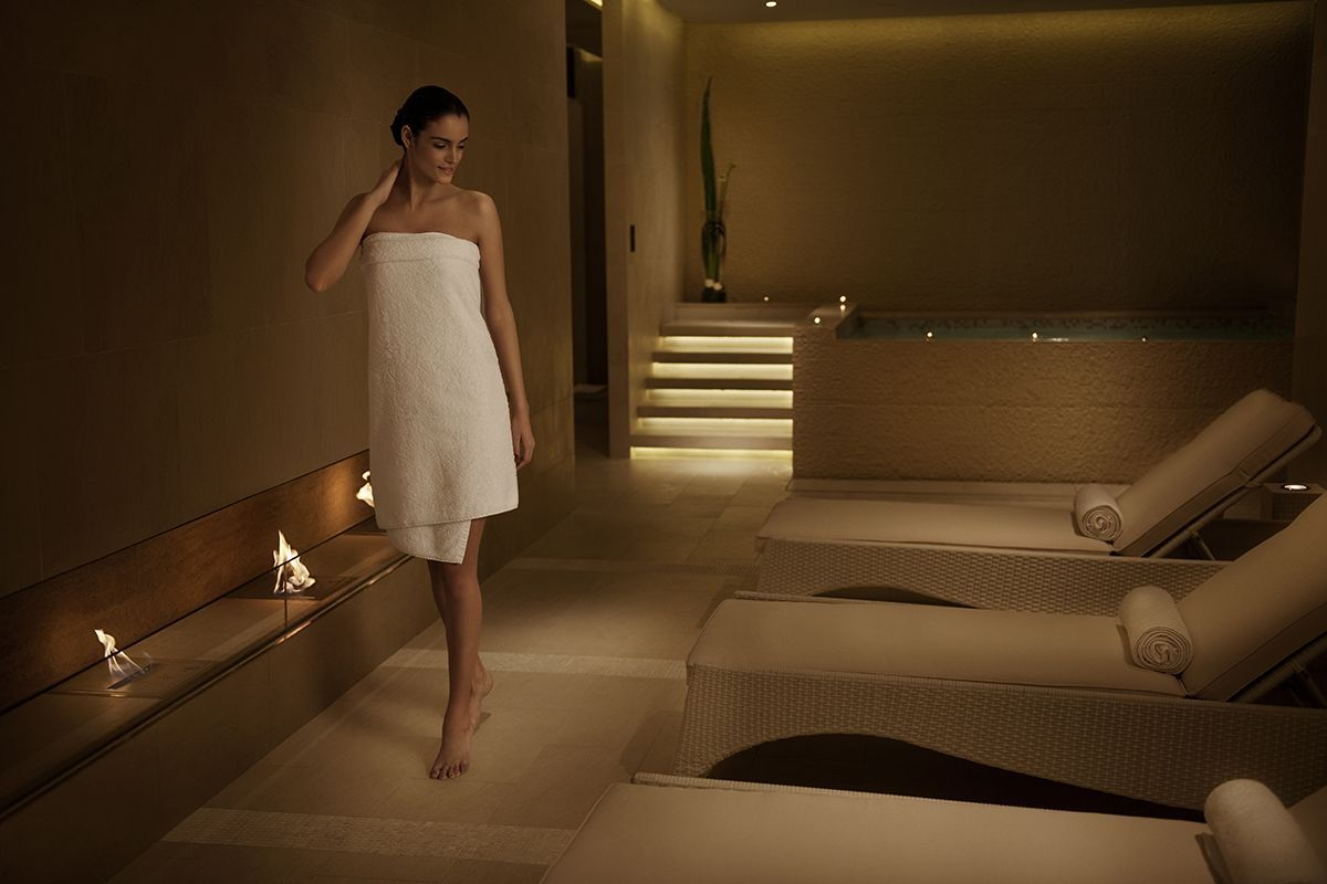 Decor aura spa design by khosla associates architecture interior - Expensive Interior Luxury Contemporary The Mira Spa Interior Decorating