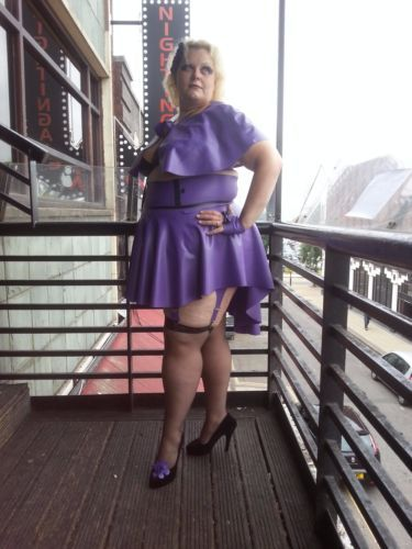 66f12c5afc Latex-Plus-Size-Drop-Back-Skater-Skirt -Haute-Couture-UK-size16-18-20-22-24-26-28