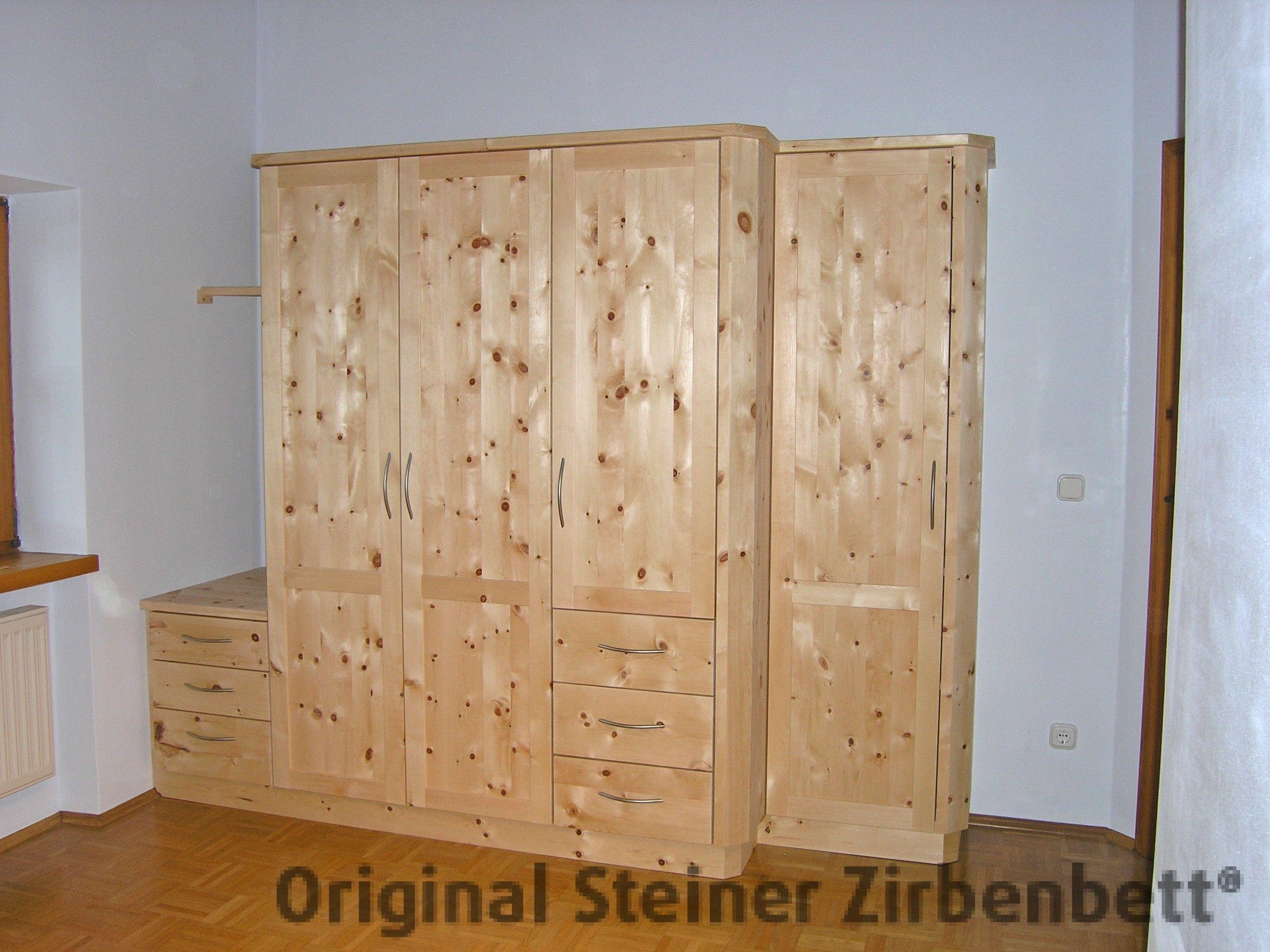 f nfteiliger schlafzimmerschrank aus zirbenholz ma gefertigt zirbenholzschr nke schrank. Black Bedroom Furniture Sets. Home Design Ideas