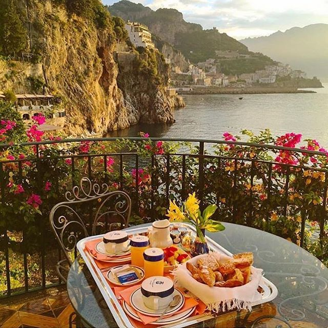 Tag who you would like to eat here with! Amalfi Coast, Italy. Check Out 💸 @timothysykes 💸 stock trading lessons. He's a self-made multi-millionaire and he's created several millionaires from scratch! ➖ His TOP student turned $1,500 into $3.3 MILLION in 4 years recently featured on CNN. Are YOU @timothysykes next #millionaire student?