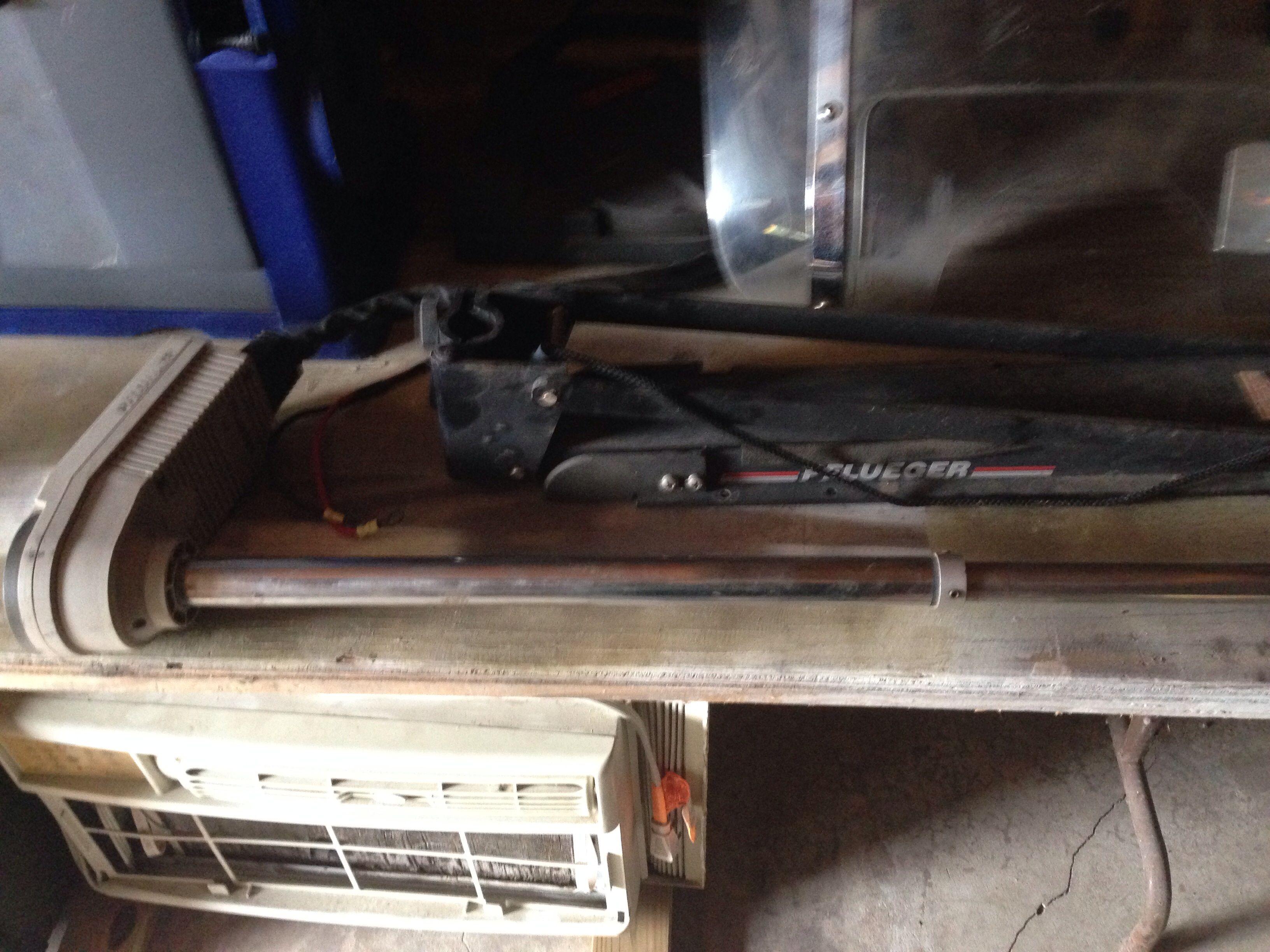Pflueger Trolling Motor In Save S Garage Sale San Antonio Tx