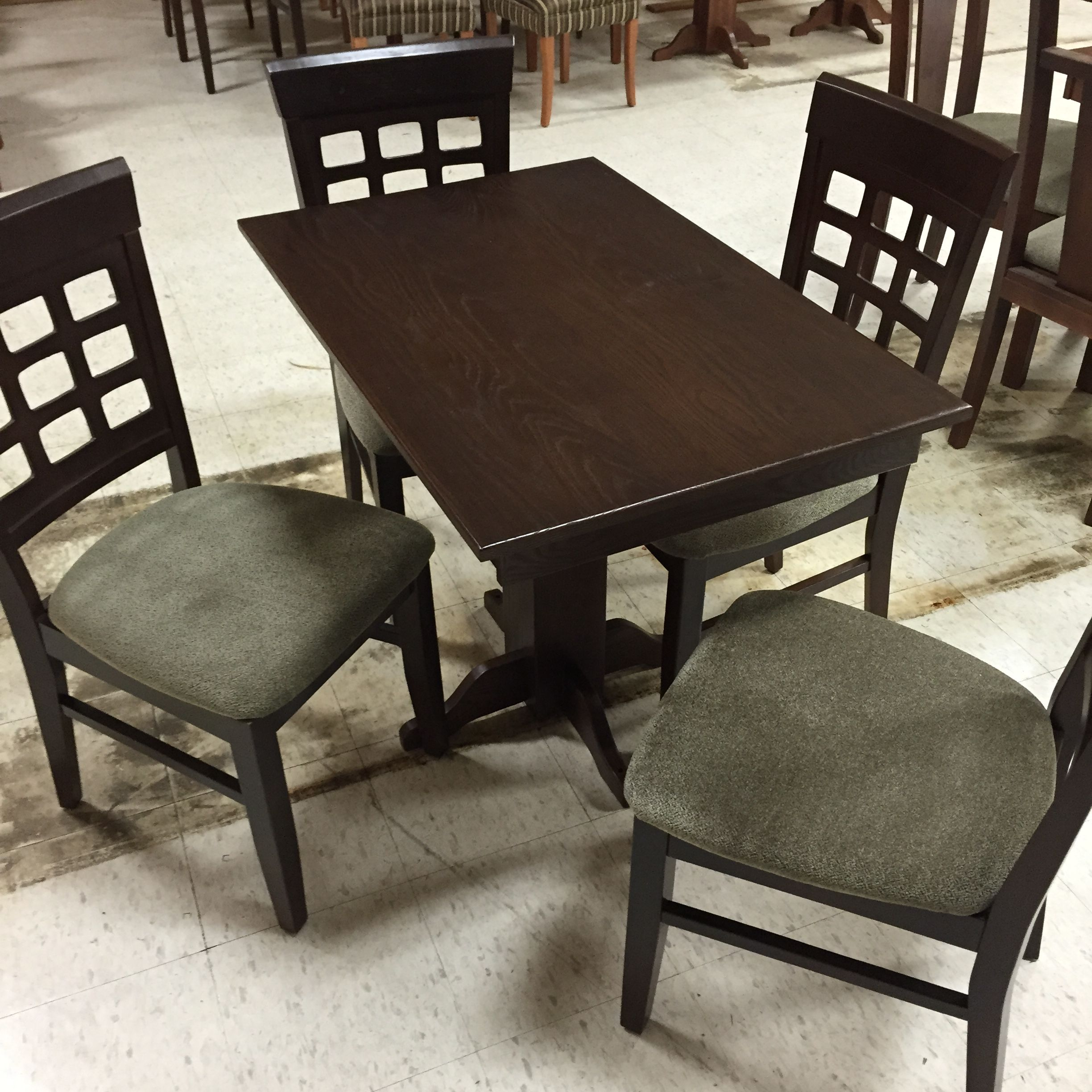 Phenomenal High End Table And Chairs For Your Rv Or Your Home Table Interior Design Ideas Tzicisoteloinfo