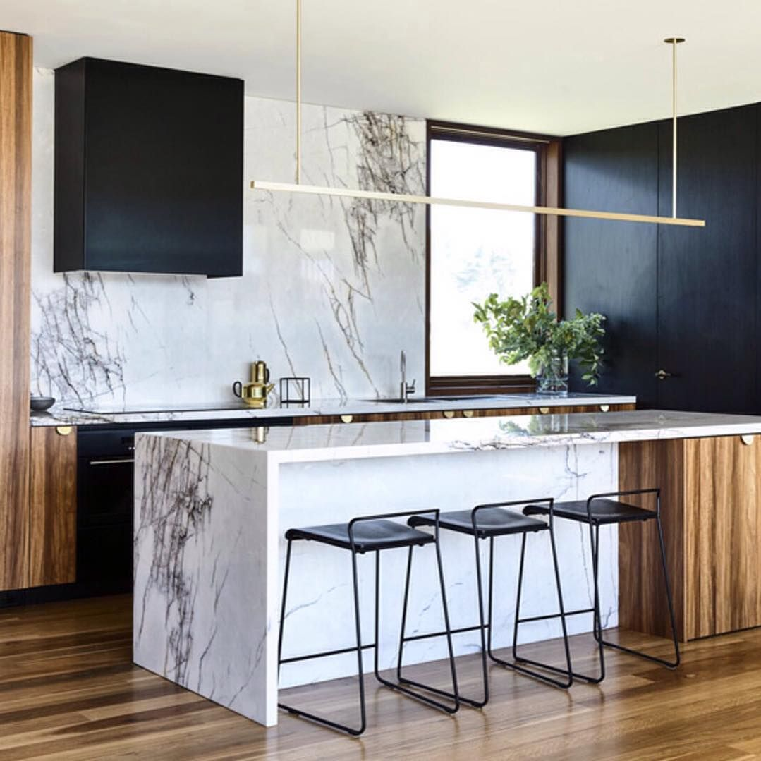 We have such a kitchen crush for this stunning space by @auhaus Photo @derek_swalwell Styling @nina_provan . . #timber #interiors #kitchen… #kitchencrushes
