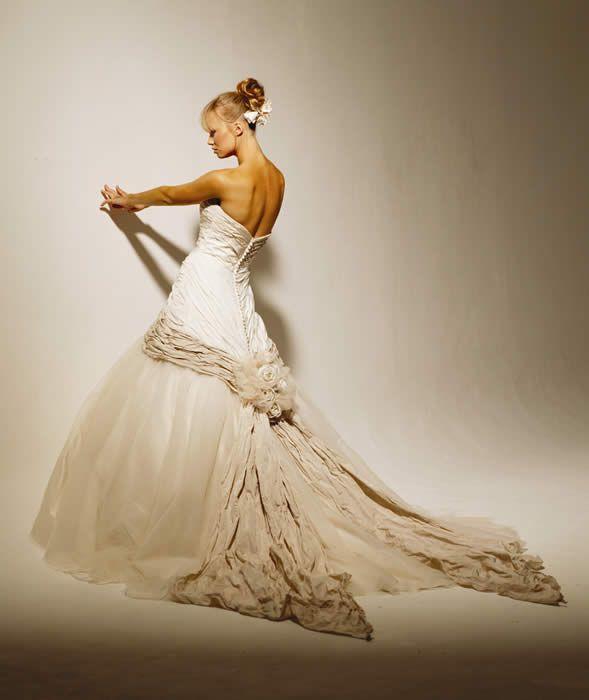 Ian Stuart Napoli Wedding Dress Colored Wedding Dress Elegant Wedding Dress Wedding Attire