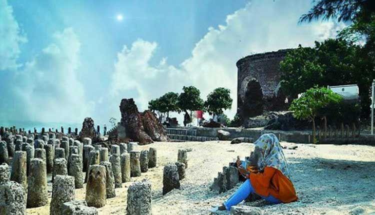 10 Tempat Wisata Pantai Di Dekat Bogor Sangat Cocok Buat Weekend Pantai Tempat Indonesia