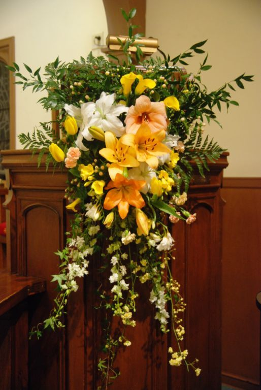Paschal Candle A Year Of Flowers Flower Ideas Church