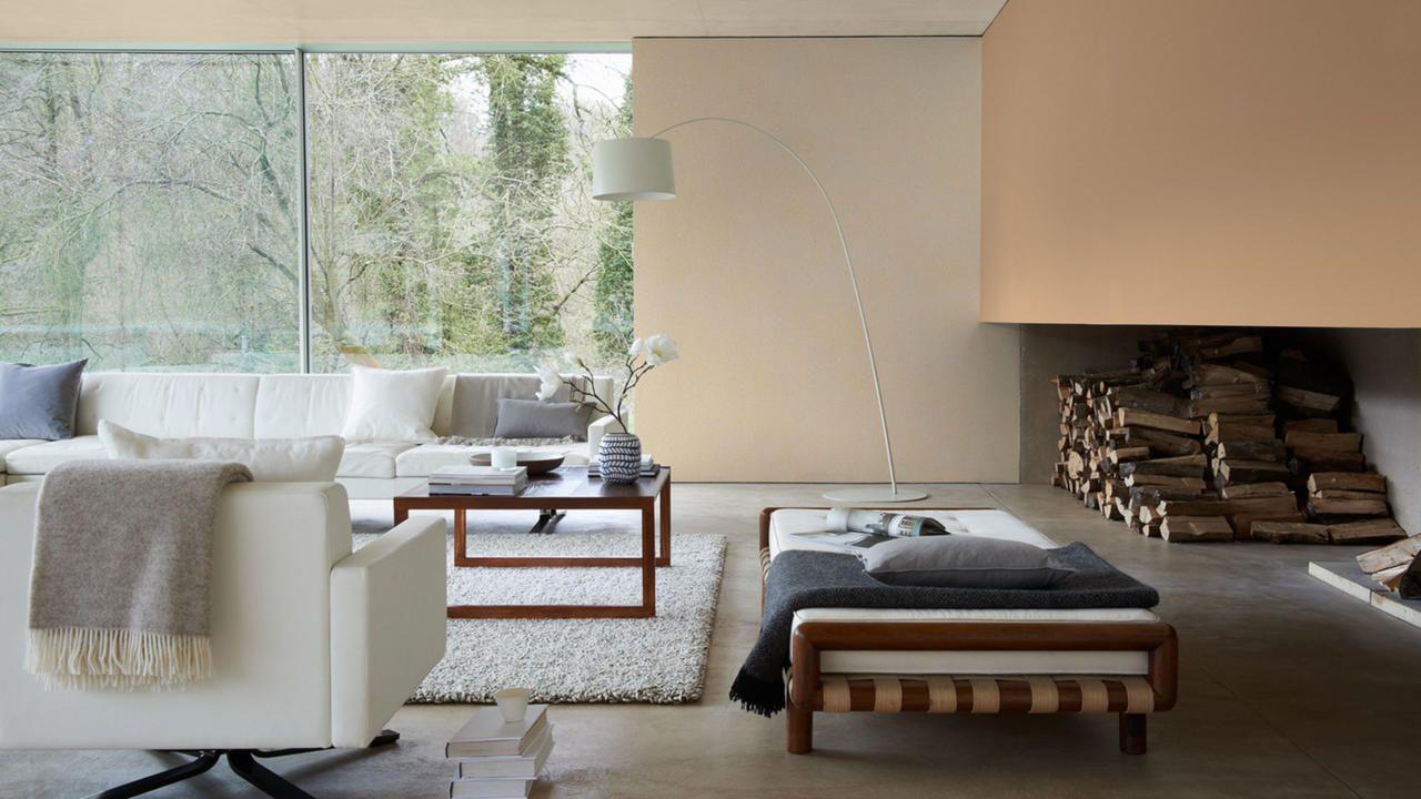 Sofisticación moderna con neutros superpuestos  Salas de estar