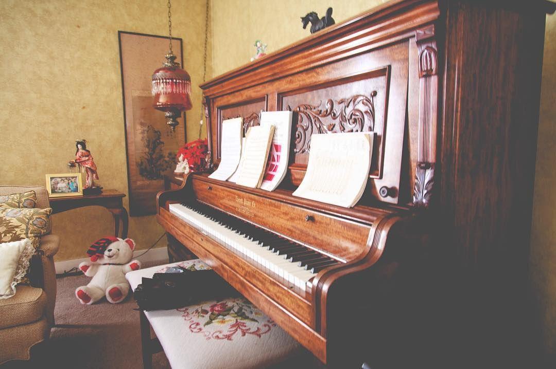 Upright grand.  56/366 -- 02.25.16  #366 #picoftheday #photoaday #piano #livingroom #uprightgrand #everettpianoco #everettpiano #everett #music #sheetmusic #keys by mtronnow