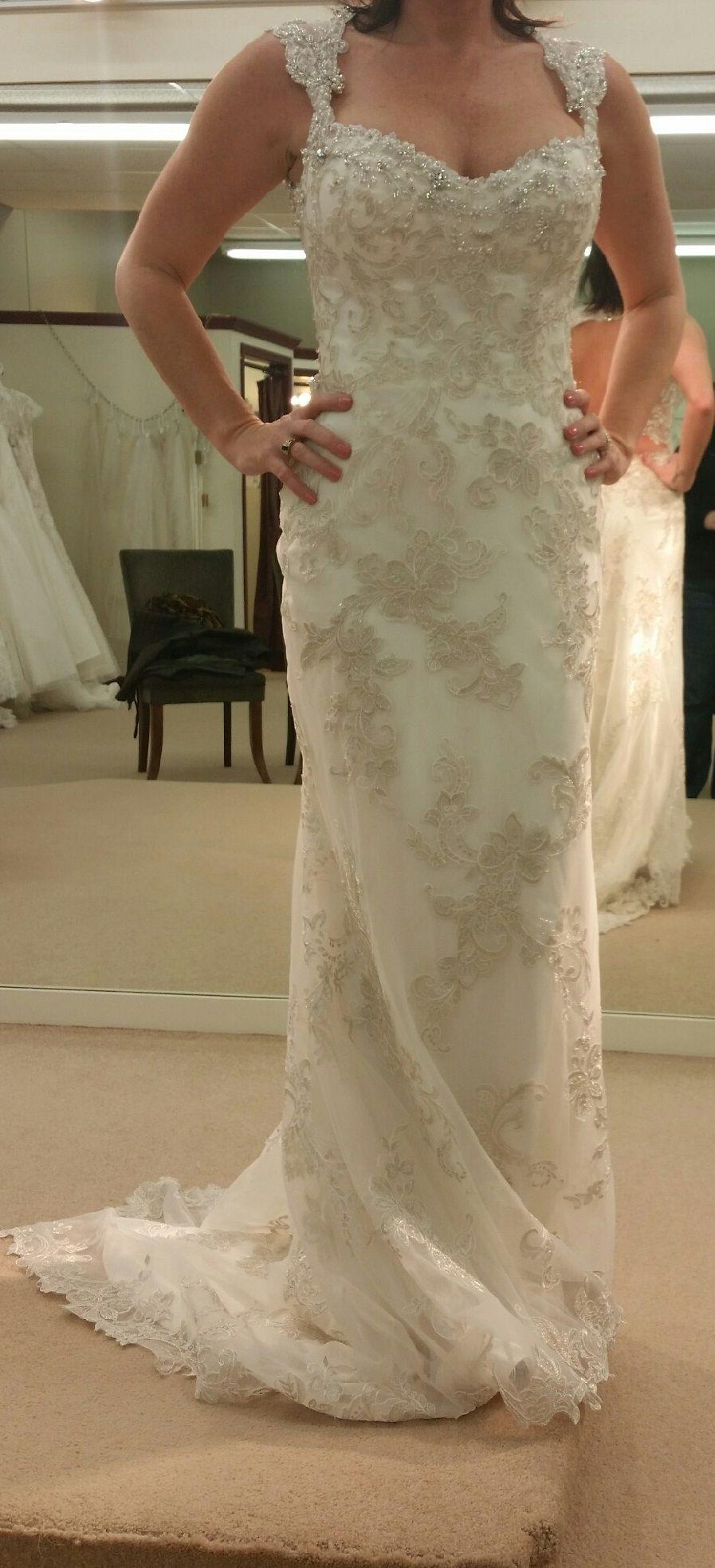 Stunning Maggie Sottero Jade Size Wedding Dress