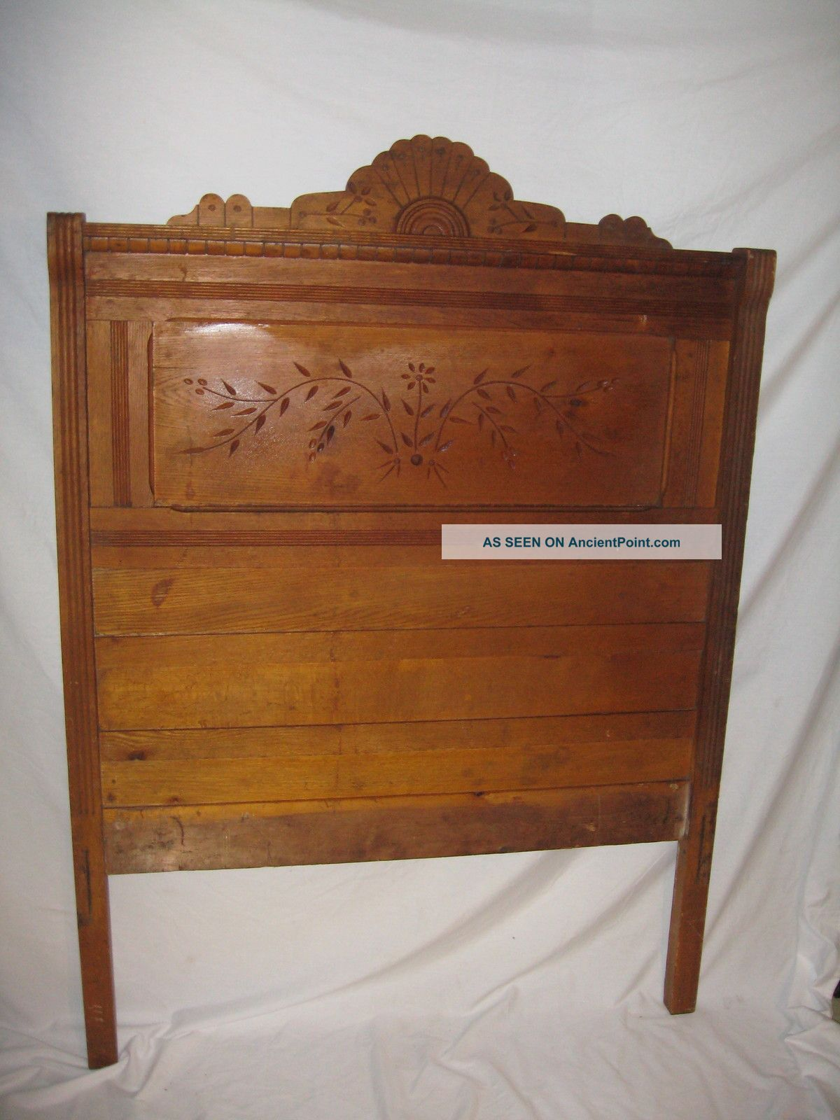 1870 Eastlake walnut bed ~ antique American furniture Victorian bedroom  headboard spoon-carved chip carving - 1870 Eastlake Walnut Bed ~ Antique American Furniture Victorian