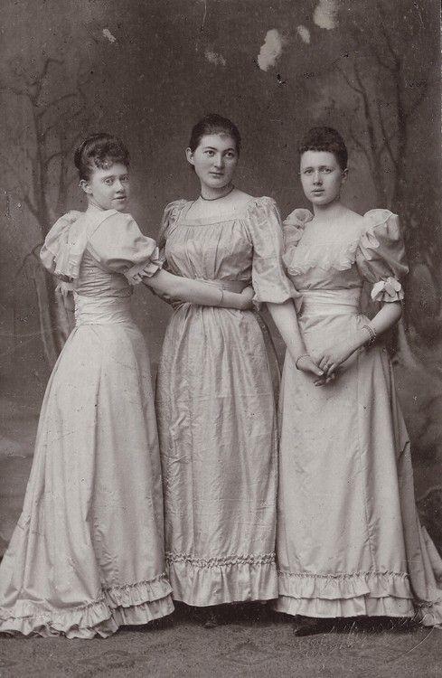 Princess Elisabeth , Marie and Emma  zu Stolberg Wernigerode