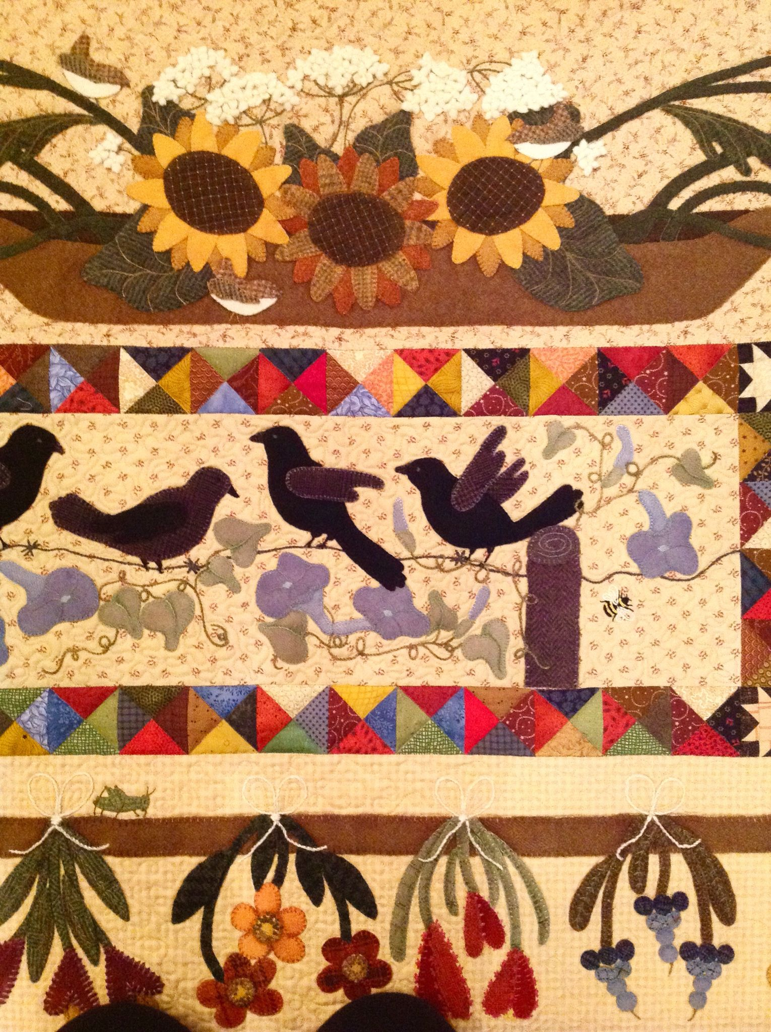 Close up of the adaptation of Primitive Gatherings pattern A ... : primitive quilting - Adamdwight.com