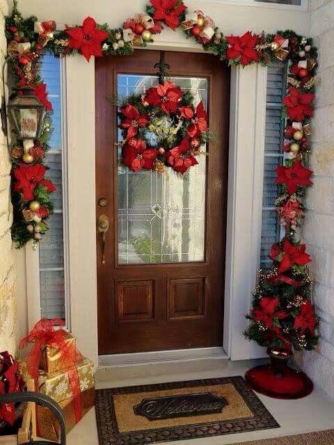 Puerta flores navidad pinterest navidad christmas for Ideas para decorar puertas navidenas