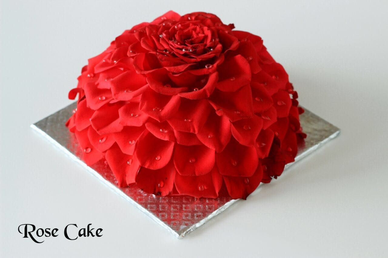 Rose Cake 780 For Half Kg And 1280 For 1 Kg It Is Eggless