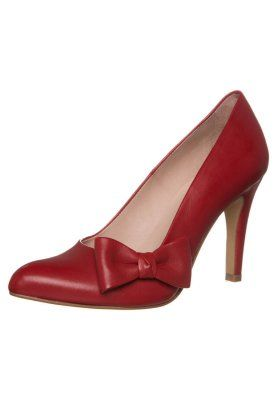 KIOMI Pumps red