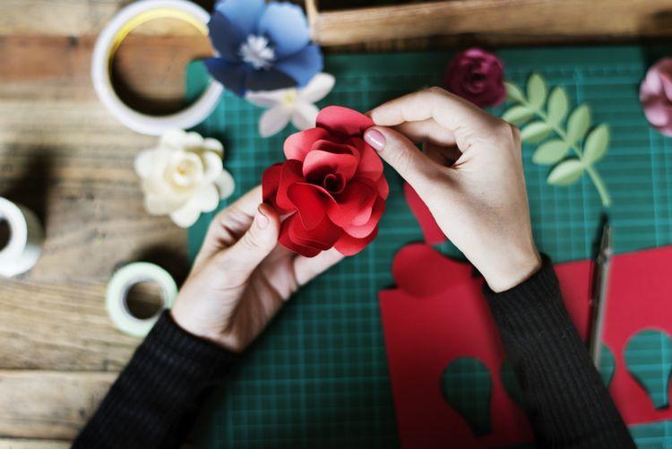 Papierrosen Basteln Fruhling Kinder Erwachsene Decoration