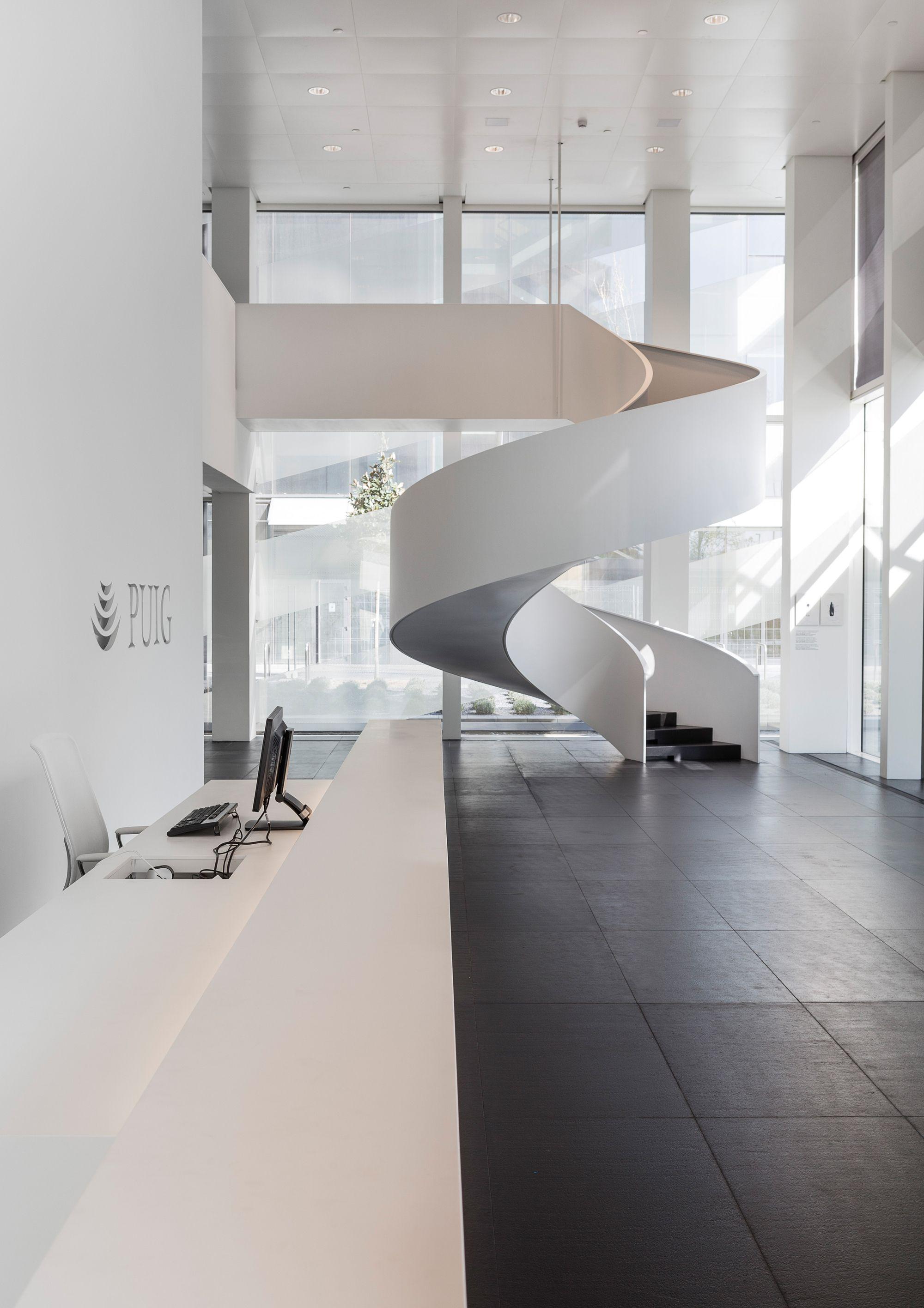 Gallery of puig tower rafael moneo antonio puig josep for Innenraumdesign studium
