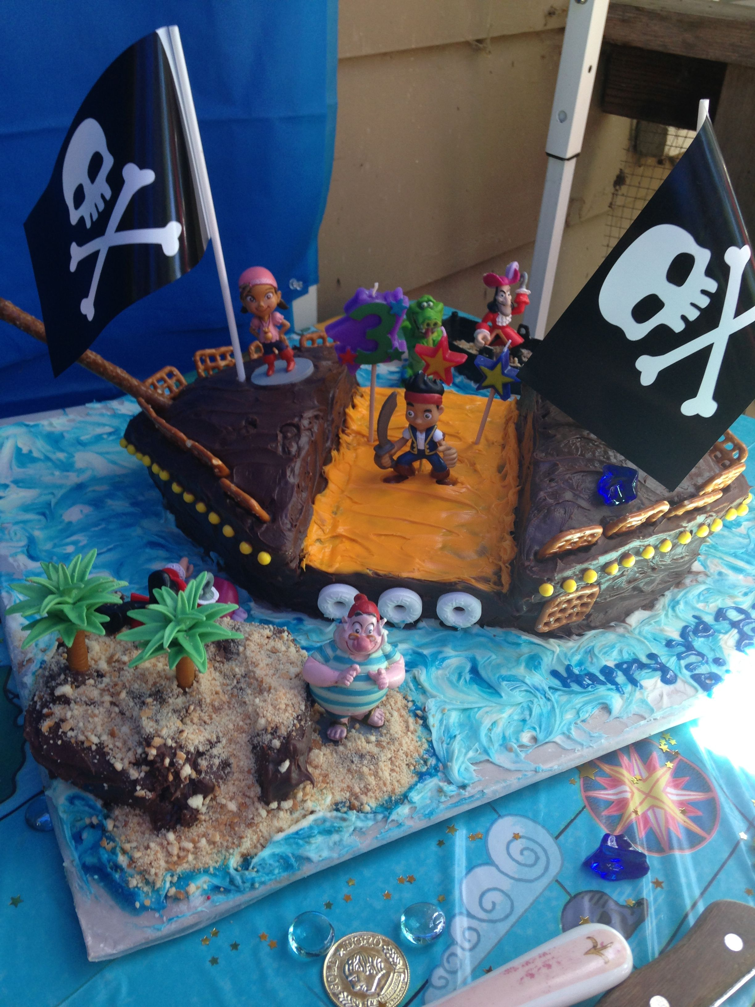 Amazing pirate ship cake pirate ship cakes pirate